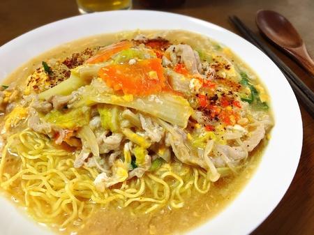 スパイシーな麺においしい食品 写真素材