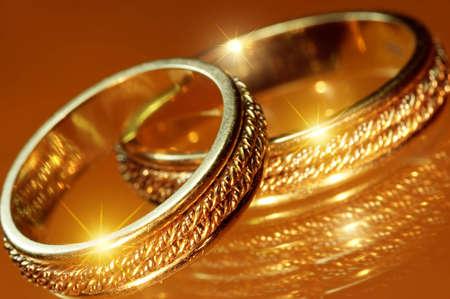 Primo piano di anelli di nozze