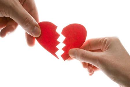 corazon en la mano: Mujeres y las manos del hombre con el coraz�n roto