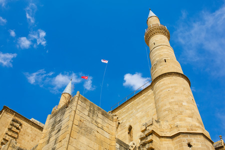 cathedrale: Selimiye Mosque in Nicosia, formerly Cathedrale Sainte Sophie.Nicosia, Northern Cyprus. Turkish flags.