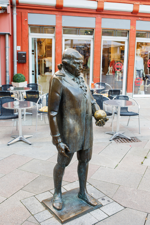 satirist: Georg Christoph Lichtenbergs monument at the marketplace in Goettingen. Georg Christoph Lichtenberg is a famous German scientist, satirist, and Anglophile.