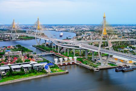 The Bridge Across The River and The Khlong Lat Pho Floodgate Project spans, Thailand Редакционное