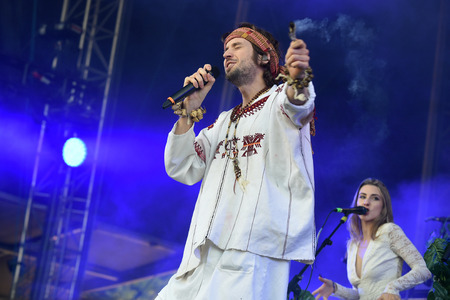 PRAGUE, CZECH REPUBLIC - JUNE 26, 2016: Singers Sebastian Pringle (L) and Eleanor Fletcher (R) of Crystal Fighters During a performance at Metronome Festival in Prague, Czech Republic, June 26, 2016. Editöryel