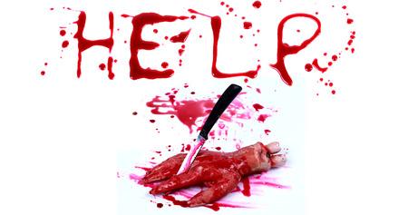 bloody hand print: Bloody impresi�n sobre un fondo blanco con las letras AYUDA