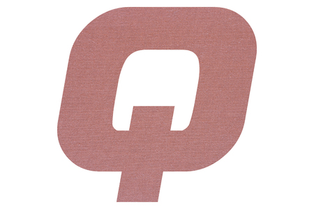 Letter Q with terracotta colored fabric texture on white background 写真素材