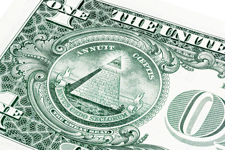 U.S. one (1) dollar bill in a close-up photo. Shallow depth of field effect. Eye of Providence, all-seeing eye of God, Mason Illuminati Logo, Pyramid, Triangle. Great Seal. Reklamní fotografie