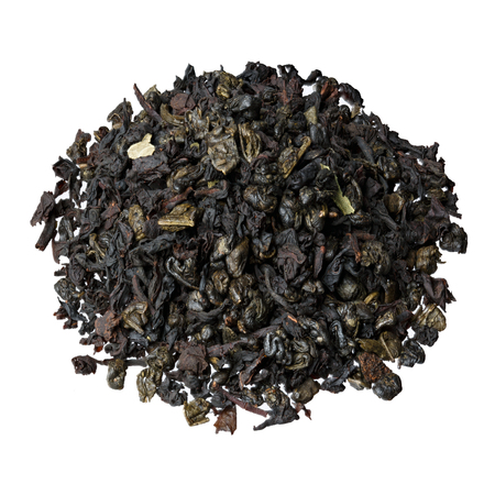 theine: The mixture-leaf black tea from Ceylon and China, with the addition of pieces and strawberry leaves.