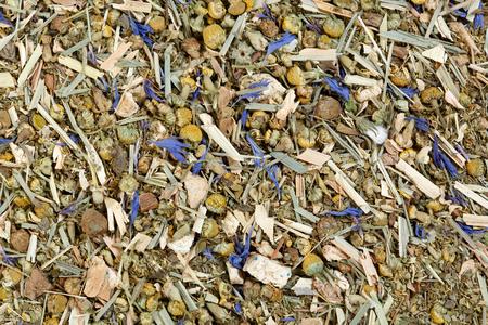 jenjibre: Tea mix of chamomile, thyme, cornflowers, mate, lemongrass and ginger.