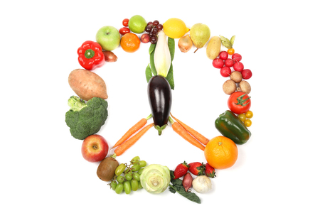 Different types of fruits and vegetables forming a peace sign Banque d'images