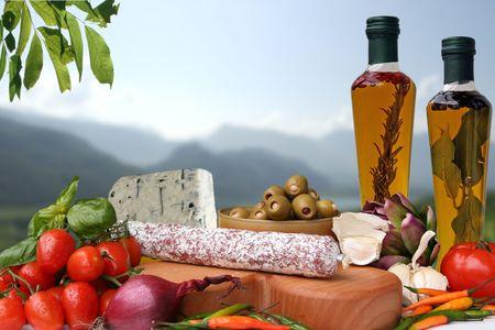 Italiano decorativas delicatessen con ingredientes