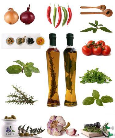 variedad de ingredientes, hierbas, especias en blanco