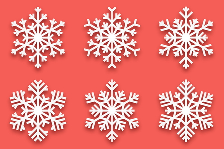 3D Vector Papercut Decorative Handmade Snowflakes Set with Soft Drop Shadow Isolated on Light Red Background. Merry Christmas and Happy New Year Decoration Design Element Ilustração