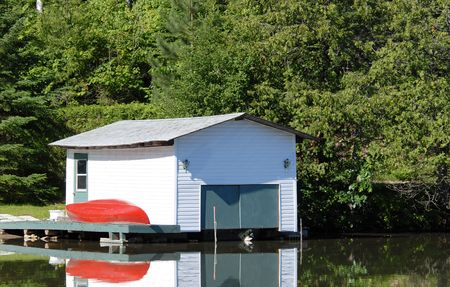 boathouse: boathouse on a lake