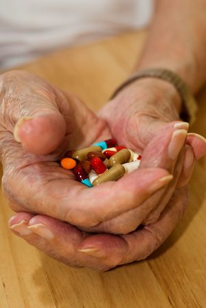 LTere Menschen mit all seinen Pillen und Drogen  Standard-Bild - 3100751
