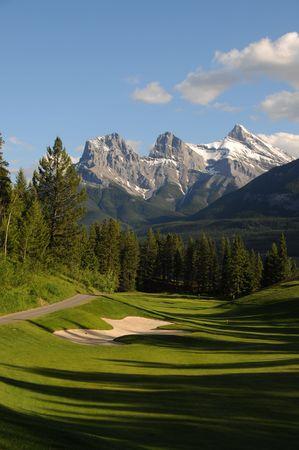 Golfplatz Land Scape auf grünem Gras Standard-Bild - 3355606