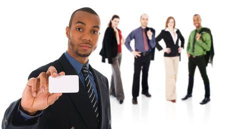 Business-Mann, die eine leere Karte auf weiß mit Team Standard-Bild - 3819383