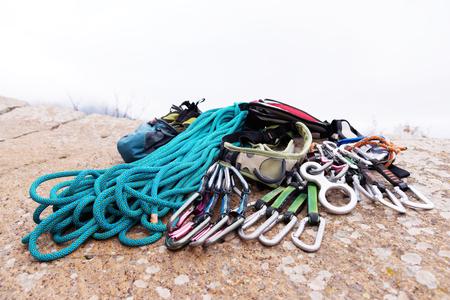 Klettergurt Aus Seil Knoten : Klettergurt aus seil knoten: ankerstich anleitung knotenkunde