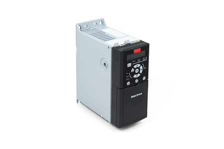 A new universal inverter for controlling electric current and power for industrial use on an isolated white background. Frequency converter - rectifier - power stabilizer. Foto de archivo