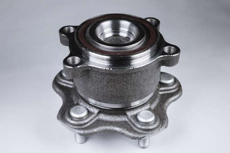 New high quality original spare parts. New original wheel hub with bearing. New original spare parts as a guarantee of quality, durability and reliability. Stock fotó