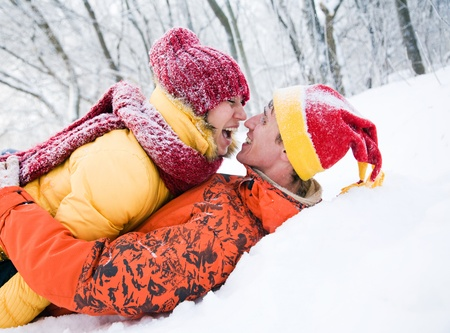 The young pair kisses in the winter Stock Photo - 11164627