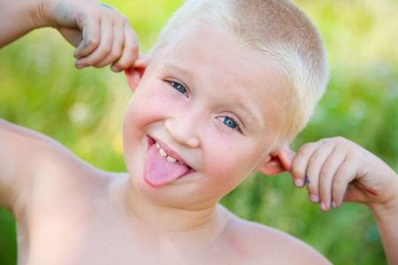 hellion: funny ginger boy poses and shows faces language