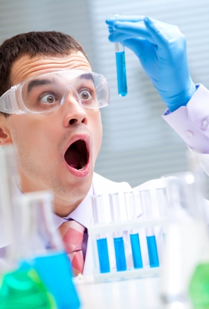 drug discovery: Scientific discovery in the chemical lab Stock Photo