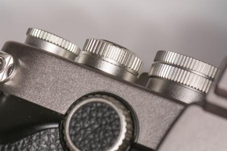 reflex: Quadranti meccanici sulla cima di un vecchio stile lens reflex