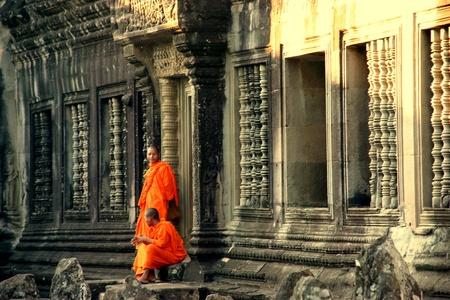 cambodge: Buddhist monks in Angkor Wat Editorial