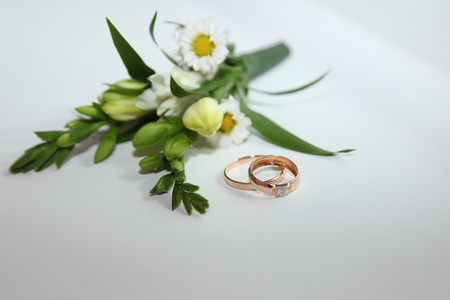 buttonhole: Wedding buttonhole and rings