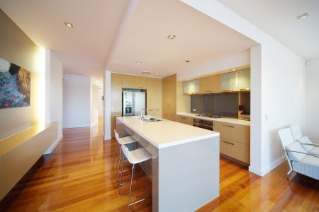 RENOVATE: modern integrated kitchen Stock Photo