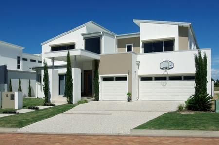 case moderne: Casa ricco