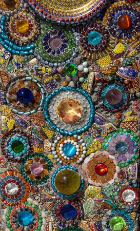 reuse ceramig and plastic jewelry for decoration texture in india style