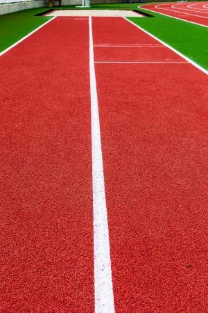 salto de longitud: Pista de atletismo para el atletismo y el deporte