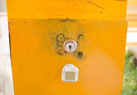 hole: Key hole on yollow box