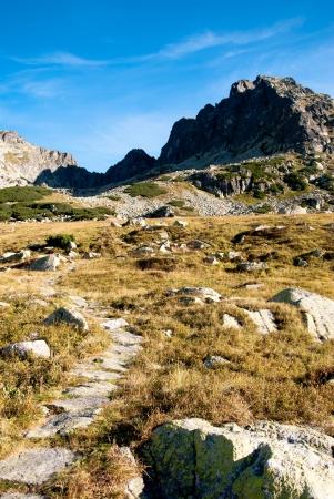 Kozi Wierch pico de cinco vale lagos em montanhas de Tatra, na Pol Imagens