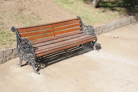 public park: Asiento de madera, parque p�blico