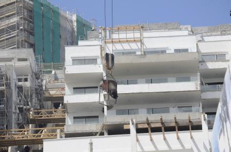 edificación: Edificio de apartamentos