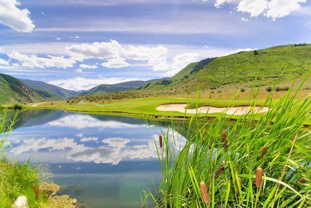Lago di corso di golf  Archivio Fotografico - 7742681