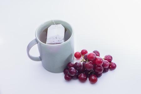 緑茶とブドウ 写真素材