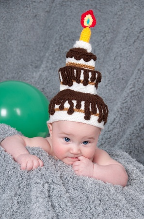 Happy Birthday  A little boy with the cake  Stockfoto