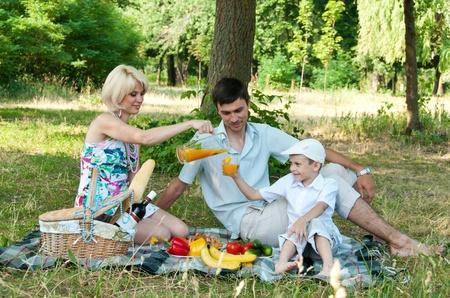 Family picnick on the outdoors Archivio Fotografico