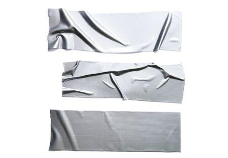 Set aus verschiedenen verstärkten grauen Klebebändern isoliert auf weißem Hintergrund