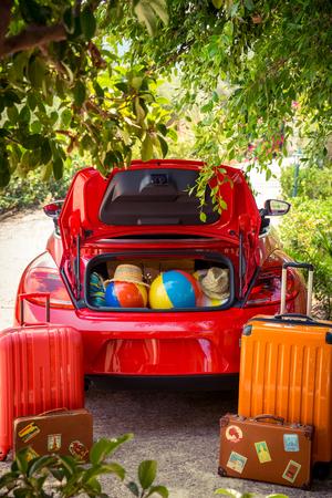 valise voyage: Les vacances d'été et le concept de Voyage