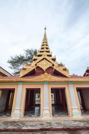 bagan: Shwezigon Paya, Bagan, Myanmar.