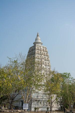 Mahabodhi Temple, Bodh Gaya,in wat Pairongwour Thailand