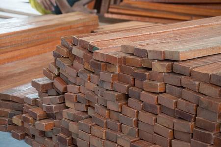 lath: natural wood lath