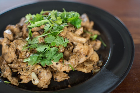 Fried chicken with black pepper  and  garlic