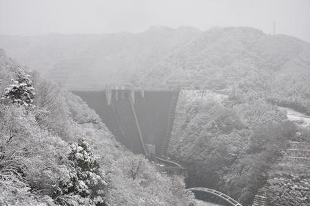 ice dam: Miyagase dam in the snow