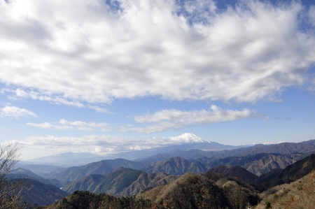 From the tanzawa large Ishiyama Mt. prospect