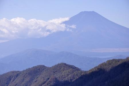 Mt. Fuji and autumn color Teishirono head Stock Photo - 115618717